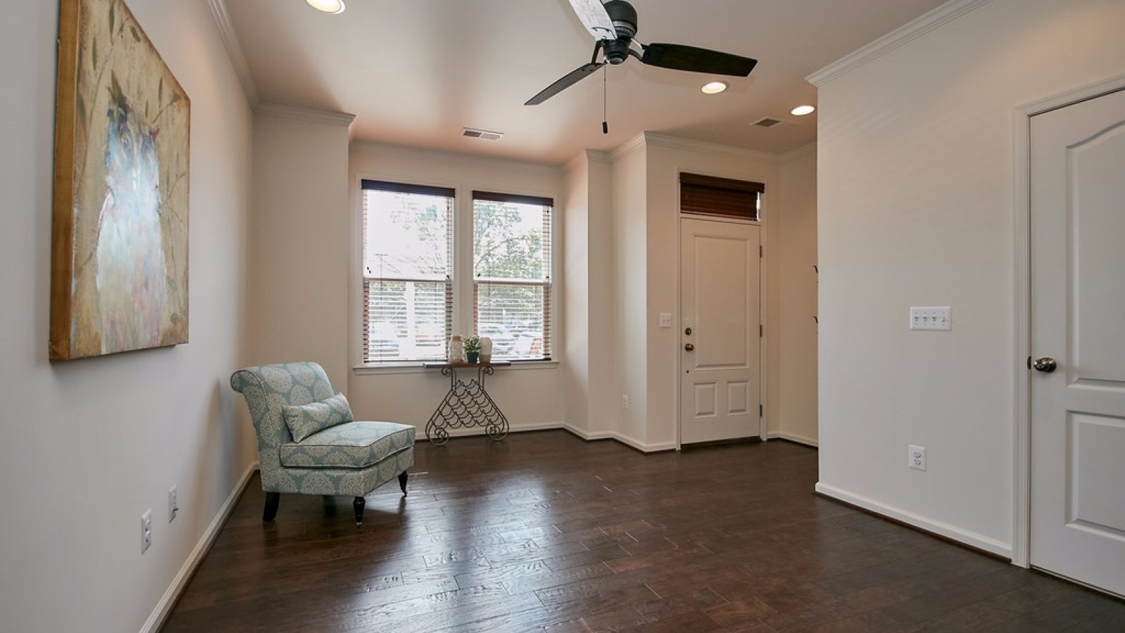 3 Bedrooms, Townhouse, For sale, Center Street, 2 Bathrooms, Listing ID 1078, Manassas, United States, 20110,