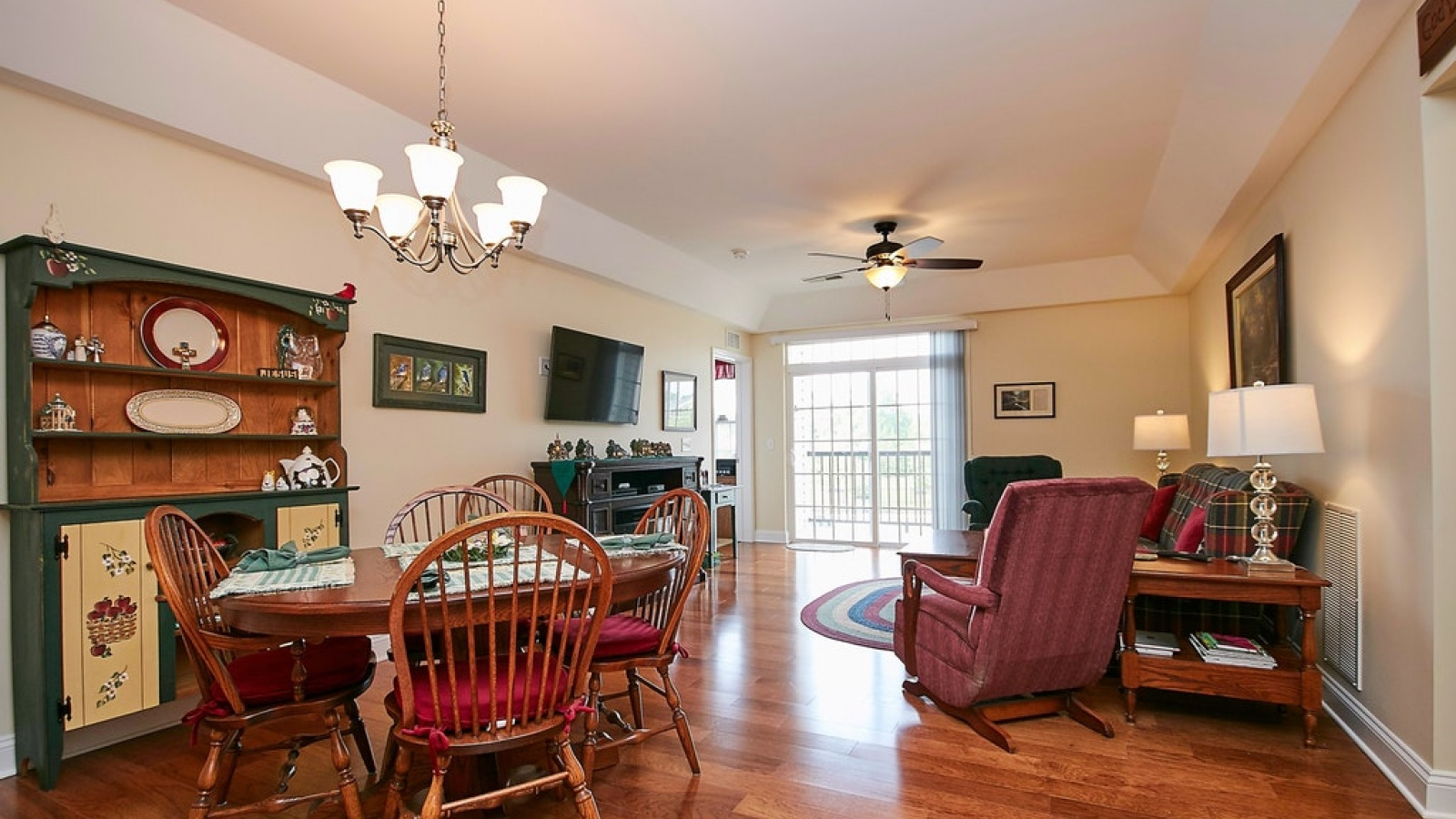 2 Bedrooms, Residential, For sale, Fountain Circle, 2 Bathrooms, Listing ID 1096, Manassas, United States, 20110,
