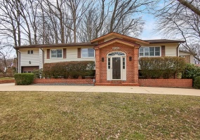 4 Bedrooms, Residential, For sale, Barnack Drive, 3 Bathrooms, Listing ID 1108, Springfield, United States, 22152,