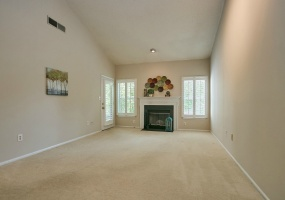 1 Bedrooms, Residential, For sale, Rosebud , 1 Bathrooms, Listing ID 1068, Centreville, United States, 20121,