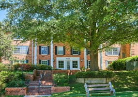 2 Bedrooms, Residential, For sale, Tremayne Place #113, 2 Bathrooms, Listing ID 1069, McLean, United States, 22102,