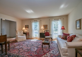 4 Bedrooms, Residential, For sale, Long Meadow Road, 2 Bathrooms, Listing ID 1074, McLean, United States, 22101,